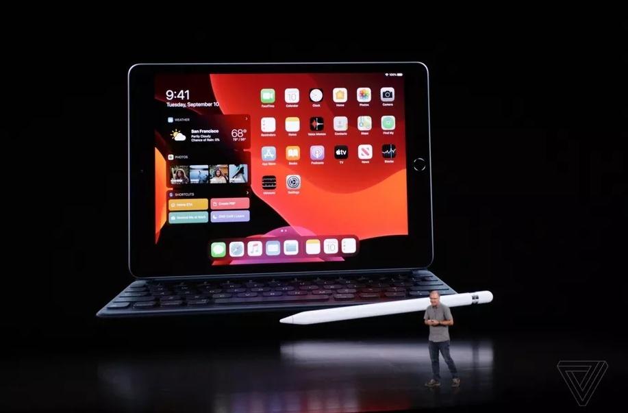 "Apple iPad (10,2\"")"