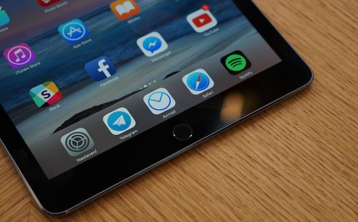 Apple iPad Pro (9.7)