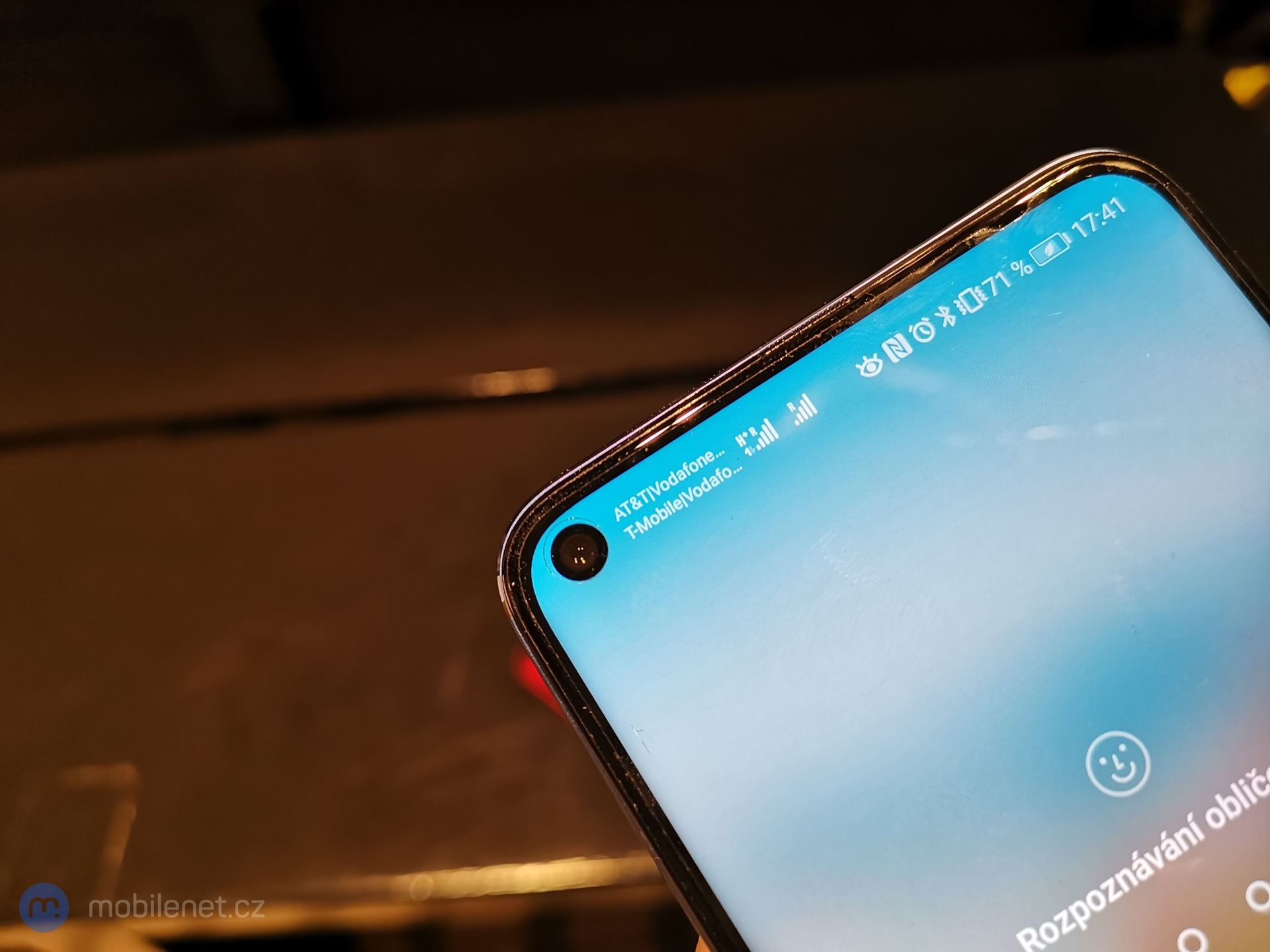 Honor View 20