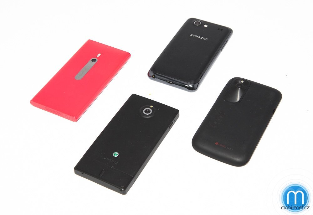 HTC Desire X vs. Sony Xperia sola vs. Nokia Lumia 800 vs. Samsung Galaxy S Advance
