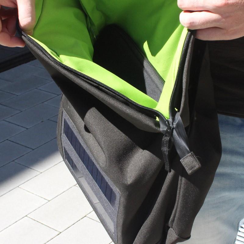 Test solární tašky E-Mission Messenger Bag: energie na cestách