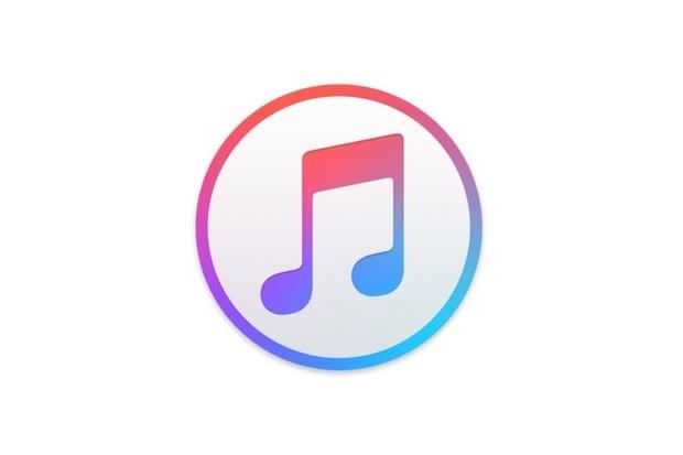 Apple čelí další žalobě. Citlivá data uživatelů iTunes byla volně k prodeji