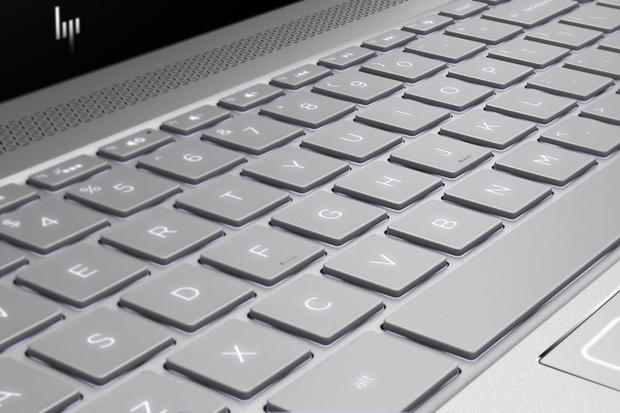 HP v Cannes představilo nové notebooky. Míří do prémiové třídy