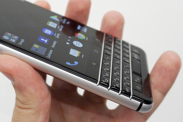 Testujeme nový BlackBerry KEYone s QWERTY klávesnicí