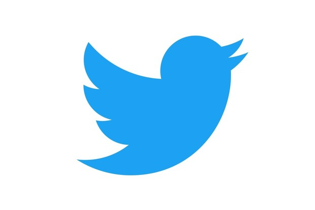 V Twitteru lze nově vytvářet vlákna a tweetnout vše naráz