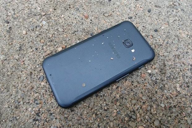Odolný Samsung Galaxy XCover 4S již také získává Android 10