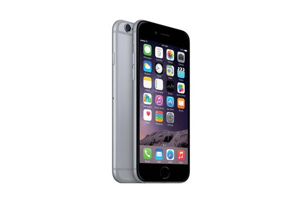 Cena iPhonu 6 klesla pod 10 tisíc. Prodeje vzrostly čtyřnásobně