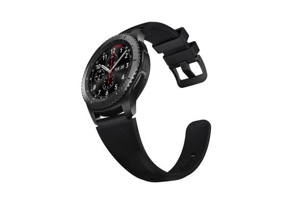 Opravená aktualizace na Tizen 3.0 pro hodinky Samsung Gear S3 proniká do Evropy