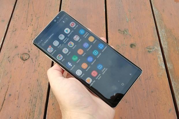 Na Samsung Galaxy Note8 dorazila beta verze Androidu 9 Pie včetně nadstavby One UI