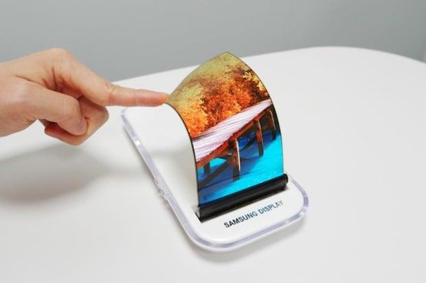 Skládací telefon od Samsungu bude mít 7palcový displej