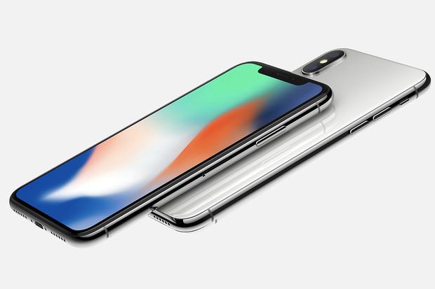 Známe oficiální české ceny dnes představených iPhonů