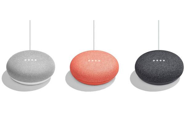 Google Home Mini oficiálně: minimalistické ztvárnění domácího asistenta