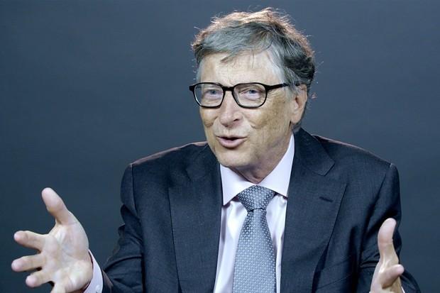 I Bill Gates má teorii, proč mobilní Windows neuspěla