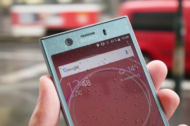 Zpátky do minulosti? Uniká neznámý telefon Sony. Má 3 foťáky a Android 6.0