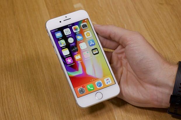 Apple a čtečka otisků prstů? Možná se jednou vrátí, a to přímo do displeje