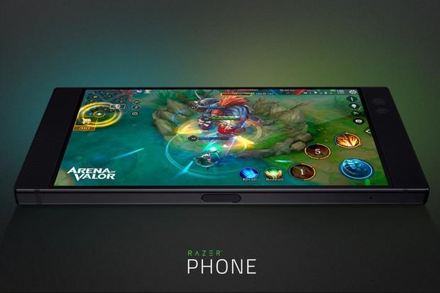Razer Phone: výkonný herní smartphone se silnou baterií představen