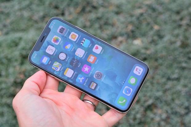 iPhone X po týdnu používání. Řekneme vám, co se povedlo a co ne