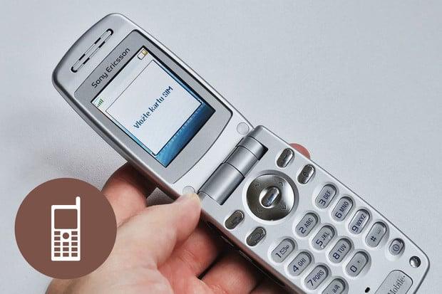 Retro: Sony Ericsson Z600 – elegantní véčko s duší manažera
