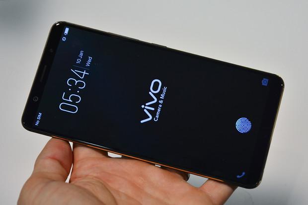 Nabít telefon se 4 000mAh baterií za 13 minut? Přesně to plánuje Vivo