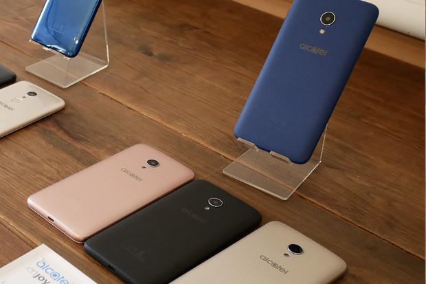Další Android Go. Alcatel 1X s větší interní pamětí vstupuje na český trh