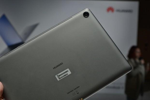 První dojmy z Huawei MediaPad M5 10.8: Desktop View levněji