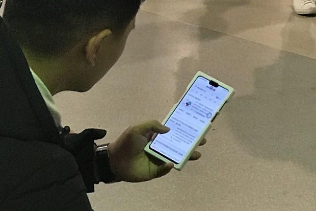 Huawei provětral svou chystanou novinku. Podařilo se nám ji nafotit
