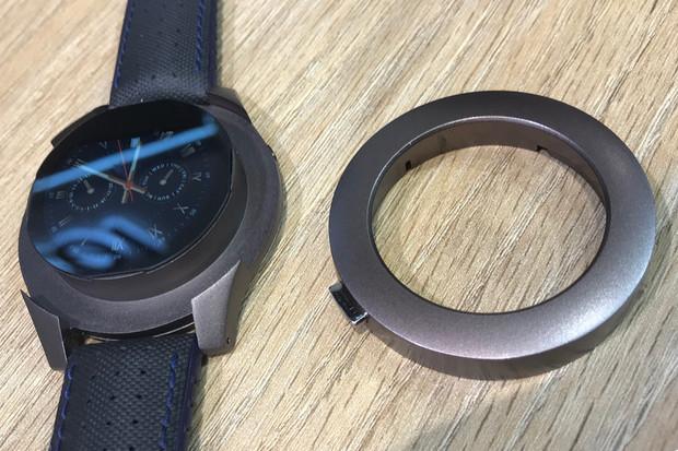 Voixatch: chytré hodinky z MWC s odnímatelnou lunetou pro handsfree
