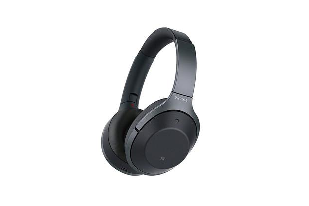 Sony zastavilo aktualizaci svých sluchátek, která přinášela Google Asistenta