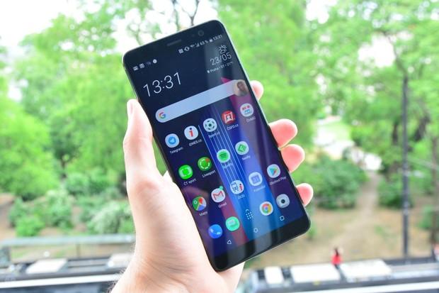 HTC U11+ konečně získává nejnovější Android 9.0 Pie