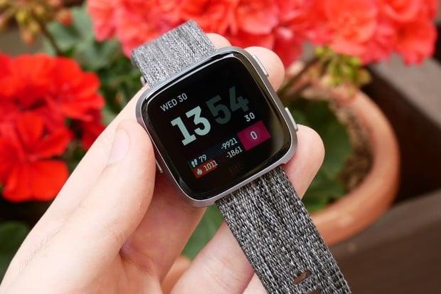 Oficiálně potvrzeno: Alphabet odkoupil výrobce chytrého příslušenství Fitbit