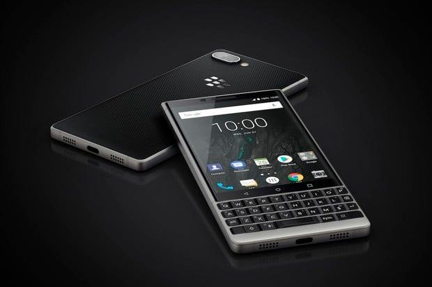BlackBerry KEY2 představeno: QWERTY klávesnici doplňuje duální fotoaparát