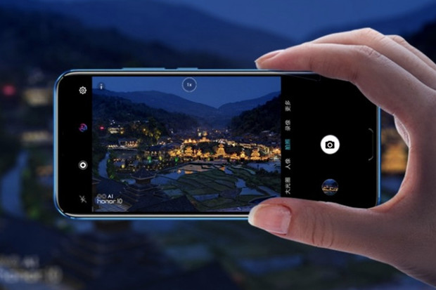 Vylepšený Honor 10 GT má 8GB RAM, další skvělá výbava zůstává