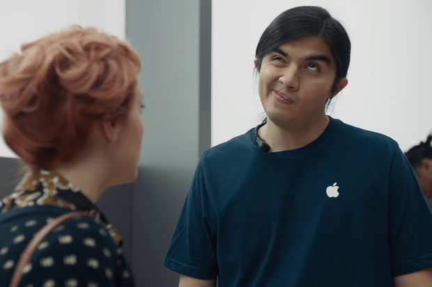 Samsung si v reklamě opět rýpl do Applu. iPhony mají pomalé LTE