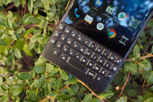 Držte minutu ticha za BlackBerry. Prodeje telefonů končí v srpnu 2020