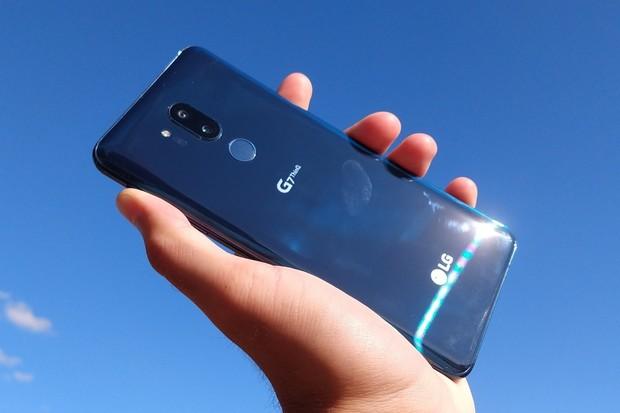 Restartuje se vám LG G7 ThinQ? Řešení je již na cestě