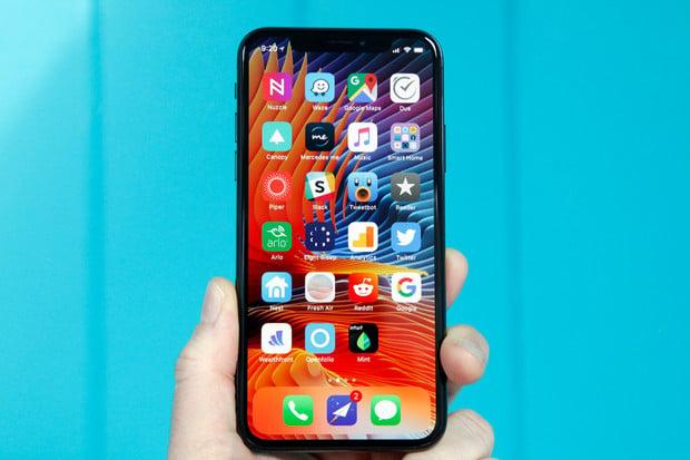 Apple kosmeticky upravil maximální velikost stáhnutelné aplikace přes mobilní data