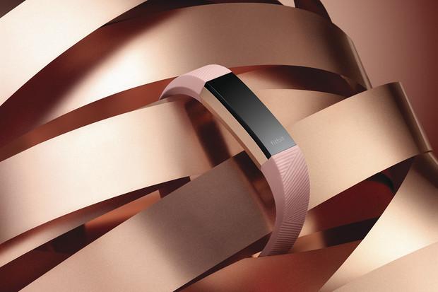 Výhercem fitness náramku Fitbit Alta HR se stává...