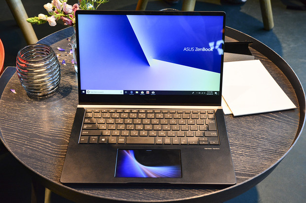 Displej v touchpadu? ASUS ZenBook Pro 14 takový má