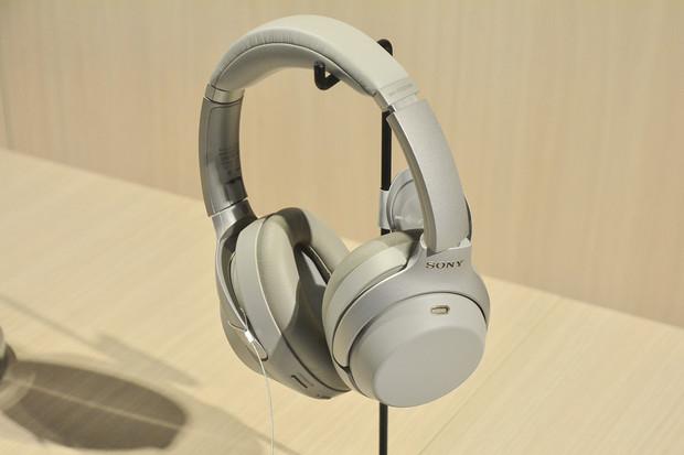 Sony WH-1000XM3 jsou tu. Poslechněte si ticho se sluchátky, co se nabijí za 10 minut