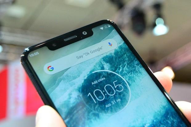 Motorola One přichází na český trh a levná rozhodně není