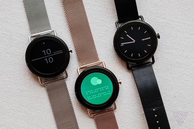 Proč můžeme na chytré hodinky od Googlu letos zapomenout?