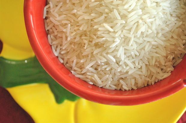 Jak vznikla pověra o utopených mobilech a rýži?