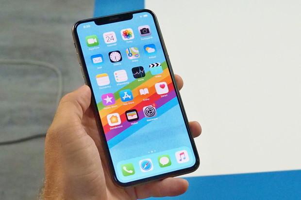 Apple opět posouvá laťku. Smartphonem s nejlepším displejem se stává iPhone Xs Max