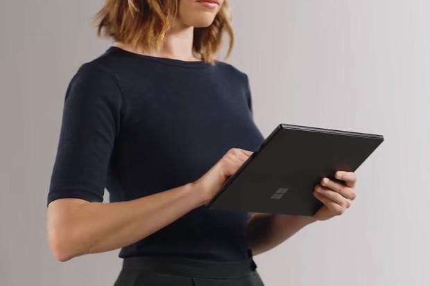 Microsoft Surface Pro 6: stejný navenek, vylepšený uvnitř
