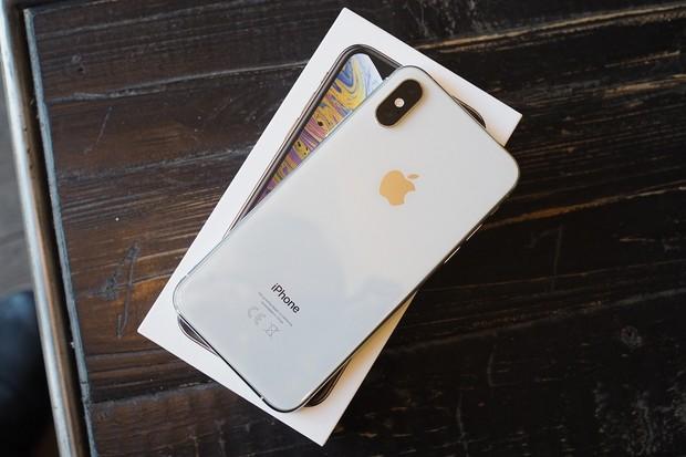 Šušká se v Číně: Apple připravuje iPhone sakustickou čtečkou otisků v displeji