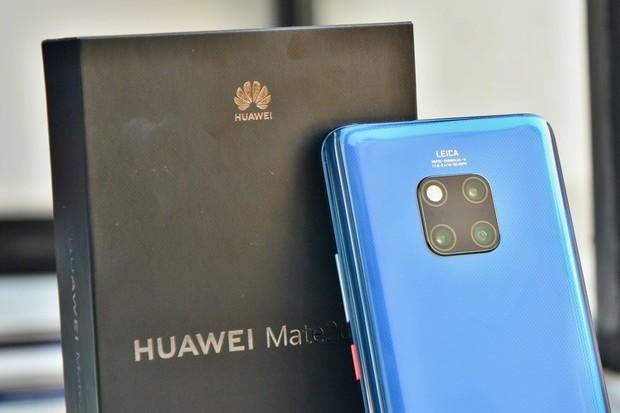 Huawei nám ukázal Mate 20 Pro: absolutní špička je tady