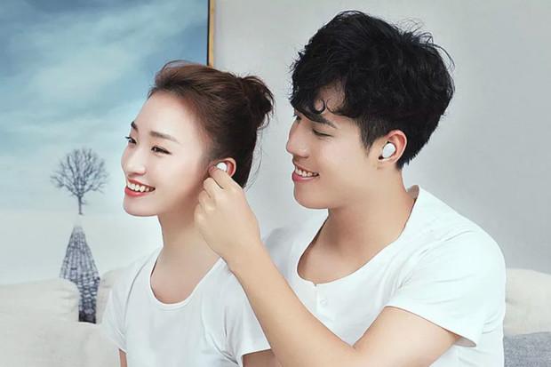 Co stojí za úspěchem Xiaomi? Nízký zisk a obchodní model, tvrdí CEO Lei Jun