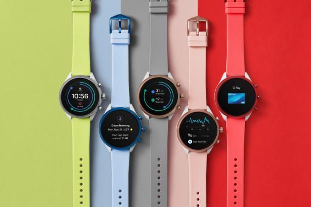Google hodlá vylepšit wearables. Kupuje patenty Fossil