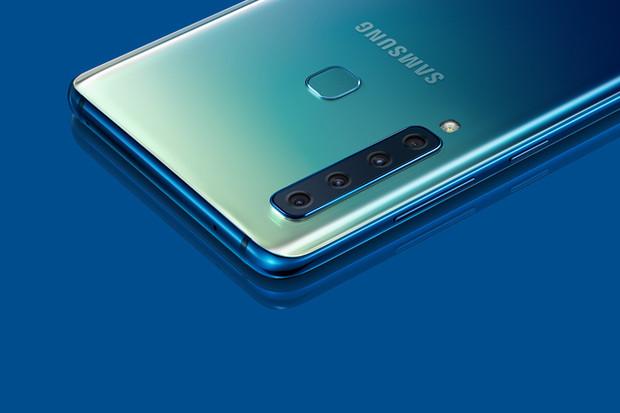 Samsung Galaxy A9 získává Android 9.0 Pie. Prozatím jen v Polsku