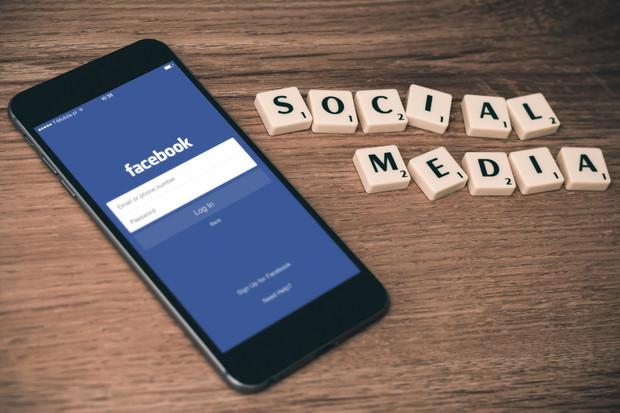 Další problémy. Facebook i Instagram nefungují korektně